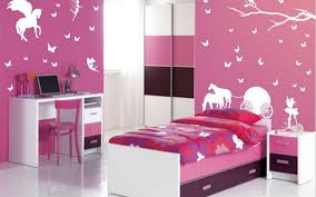 bedroom how to make a room look bigger with curtains colors that