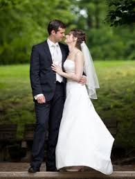 renting wedding dresses dress advisor 5 advantages of a wedding dress rental