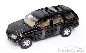 jeep cherokee toy jeep grand cherokee suv black motormax 73123 1 18 scale diecast