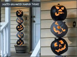 lighted outdoor halloween pumpkin topiary diycandy com