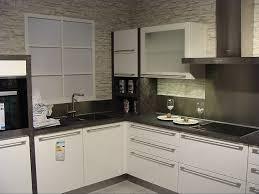 k che wei hochglanz küche in hochglanz weiss hochglanz weiße design küche grifflos