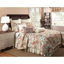 Beach Theme Quilt Bedroom Get Relaxation Time And Fresh Atmosphere By Staying In