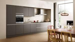 cuisine gris ardoise cuisine grise sans poignées visibles cuisines moderne