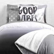 Black And White Bed Sheets Dorm Room Themes Dorm Sets Dorm Themes Dormify