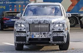 rolls royce roadster spyshots rolls royce cullinan shows production taillights