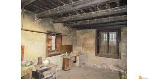 chambre d h e jura haut jura proche longchaumois ferme rustique posee sur plus