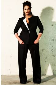 a few of the luxe plus size fashion designers luxury designers