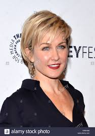 amy carlson hairstyles on blue bloods amy carlson blue bloods stock photos amy carlson blue bloods