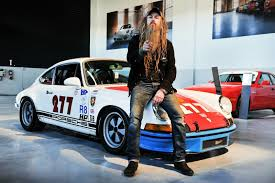 outlaw porsche 911 meeting the urban outlaw magnus walker live to drive
