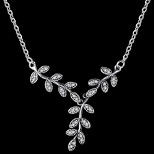 leaf pattern necklace classy vine necklace stunning necklace for any occasion this vine