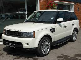 land rover sport white used 2009 59 land rover range rover sport 3 0 tdv6 hse 245bhp