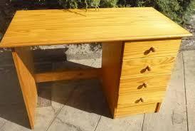 bureaux bois massif achetez bureau bois massif occasion annonce vente à vélizy