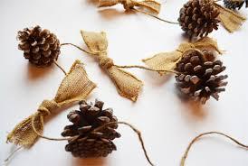 diy pinecone garland