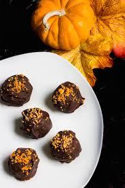 pumpkin spice oreo truffles a 3 ingredient dessert mon petit four