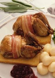 cuisiner une perdrix perdrix recette notre recette de perdrix aux cèpes et muscat