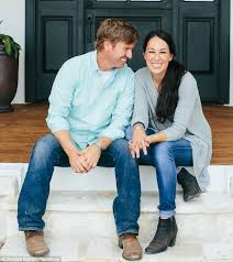 Fixer Upper Facebook Fixer Upper U0027s Chip And Joanna Gaines Buy 113 Year Old Estate In