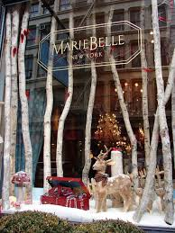 Old Fashioned Christmas Window Decorations by Best 25 Winter Window Display Ideas On Pinterest Winter