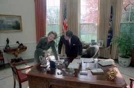 reagan oval office our presidents president and nancy reagan in the oval office