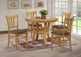 40 round table seats how many grosvenor round circular 40 inch table in oak and brown with 4