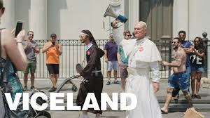 Pope Vacation Home Meet The Fake Pope Who Heckles Preachers Youtube