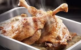 cuisiner cuisse de canard confite recette confit de canard et sa sauce aux cèpes 750g
