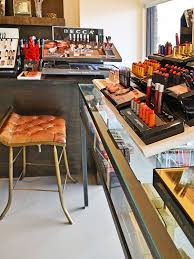 6 great places to get your makeup done