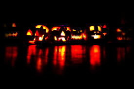 13 ways to celebrate halloween if you u0027re an introvert who hates