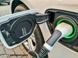 electric cars charging a beginner u0027s guide to electric cars carwitter