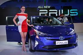 new toyota 2016 toyota introduces 2017 prius prime at new york auto show new