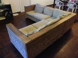 canapé d angle bois canapé en rotin bois de manguier 500 a vendre sur cayenne