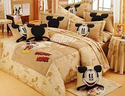 mickey mouse bedroom decor atp pinterest mickey 170 best mickey mouse images on pinterest home decor nursery and