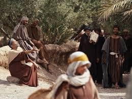Blind Man At Bethsaida Free Bible Images Jesus Heals Bartimaeus A Blind Man Begging