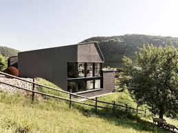 Slope House Single Family House On A Slope Dost Archdaily