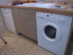machine a laver dans la cuisine lave vaisselle lave linge évier à chacun sa place immo