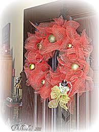 mesh christmas wreath on the front door diy debbiedoos