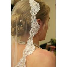 hairstyles with mantilla veil how to attach a mantilla veil our everyday life