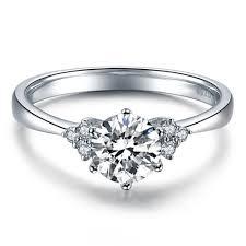 round shape diamond engagement ring 14k white gold or yellow gold