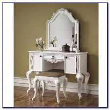 Antique White Bedroom Vanity Antique White Bedroom Vanity Set Bedroom Home Design Ideas