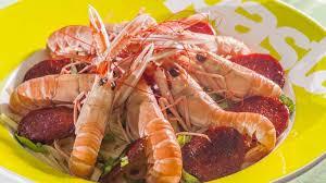cuisiner les langoustines linguines aux langoustines et au chorizo recette par kilometre 0
