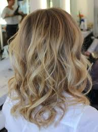 how to get loose curls medium length layers summer hair loose waves and curls are causing a stir