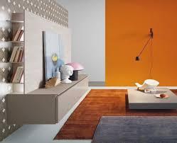 wandgestaltung zweifarbig wohnzimmer wandgestaltung orange kazanlegend info