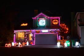 25 halloween lights 2