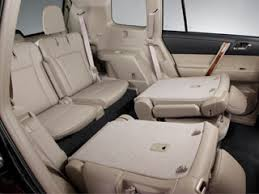 do all honda pilots 3rd row seating honda pilot or toyota highlander the kbb answer kelley
