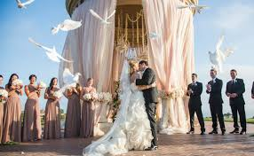 wedding los angeles ca with samuel lippke la photographer junebug weddings