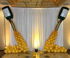Elegant Balloon Centerpieces by Huntington Woods Balloon Backdrops Stage Decor Michigan Party