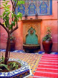 style courtyards 25 best courtyards ideas on courtyard gardens small