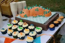 dinosaur birthday party cool birthday party ideas for boys dinosaur birthday cakes
