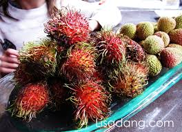 lychee fruit peeled dang it delicious rambutans vs lychees in season now