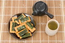 japanese wrapping japanese baked rice cake snack senbei wrapping in nori seaweed
