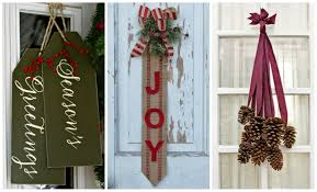Home Made Decorations For Christmas 14 Diy Christmas Door Decorations Holiday Door Decorating Ideas